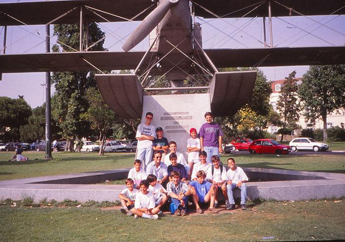 1994 (7)