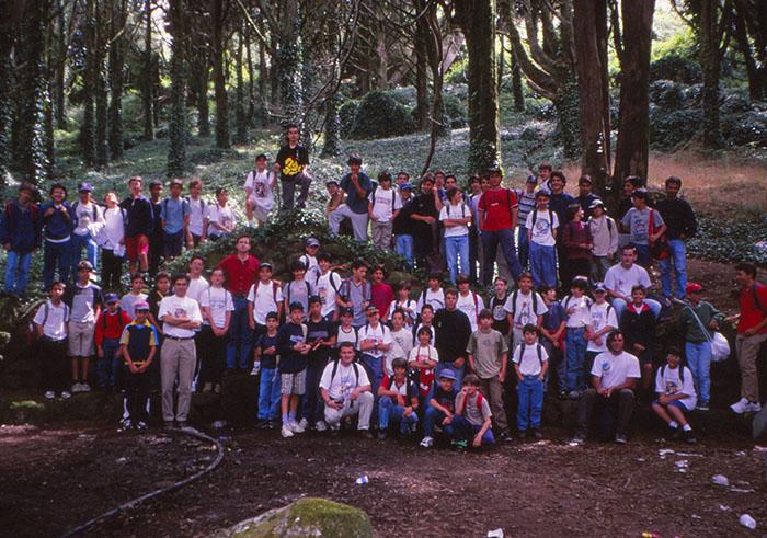 2000 (8)